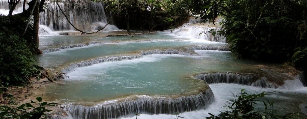 As cachoeiras de Kuang Si, no Laos