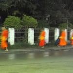 Ronda das Almas em Luang Prabang