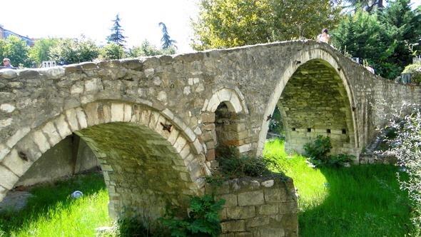 Ponte de Tabak (Tanners' Bridge)