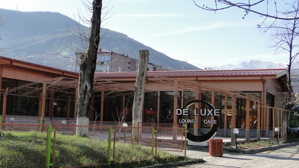 De Luxe Lounge Cafe - Goris