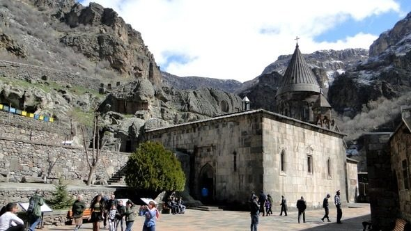 Mosteiro de Geghard e o Vale do Rio Azat