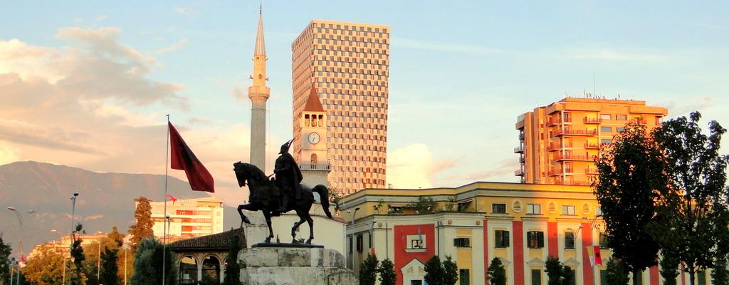 Tirana, a capital da Albânia