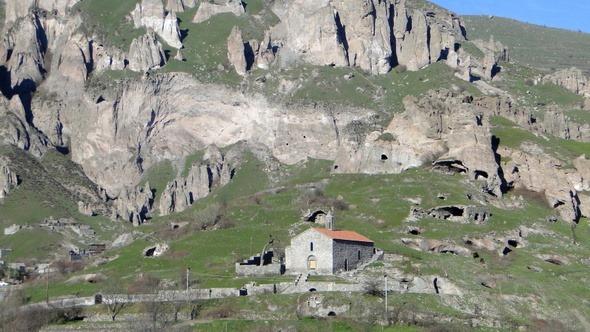 Basílica de Santa Hripsime, em Goris